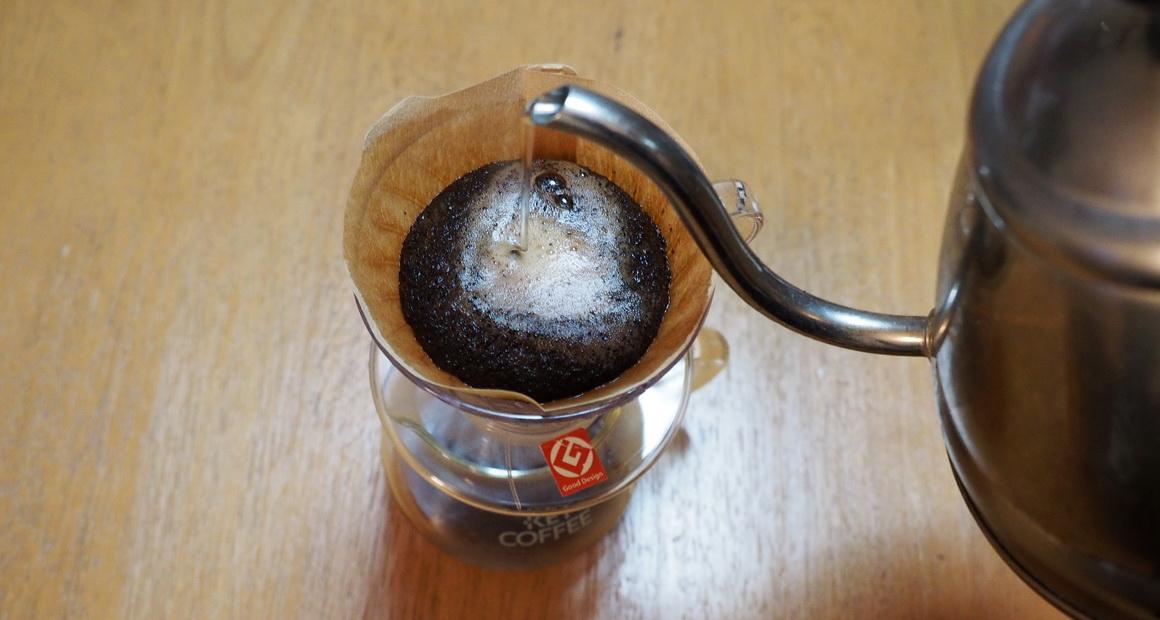 ハリオV60とキーコーヒーのサーバー